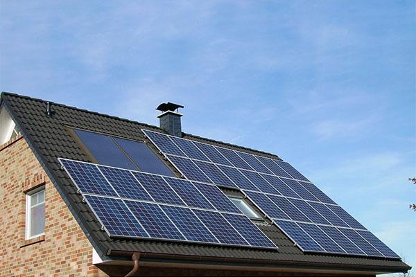 Elektriker Århus - solceller tag